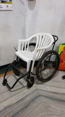 rollstuhl-krankenhaus-nepal-help-to-help